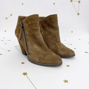 Dolce Vita • Brown Suede Heeled Ankle Booties 7